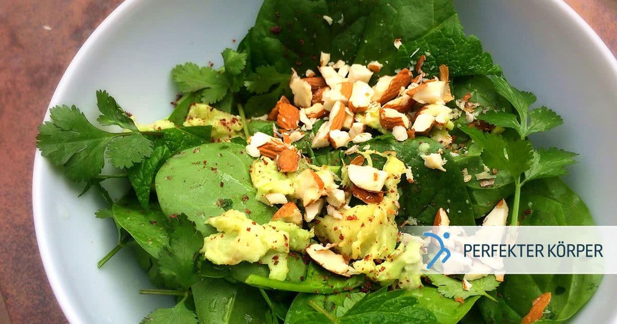 PK-rezepte-Krautersalat-mit-Mandeln-und-Avocado