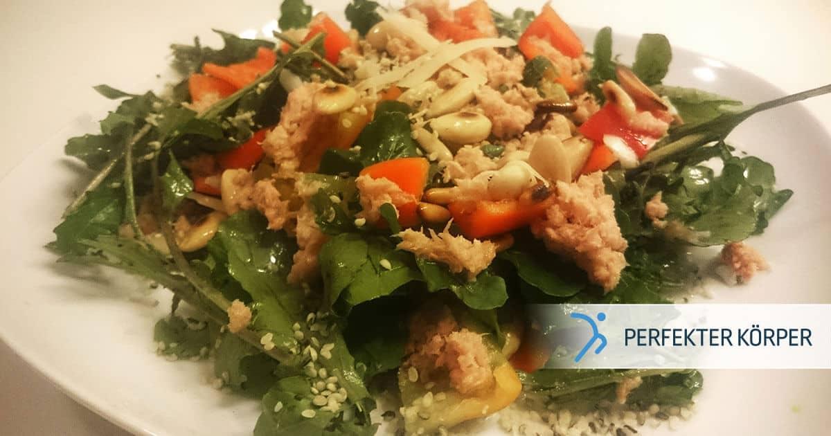 pk-rezepte-salat-mit-thunfisch-pinienkernen-und-hanfsamen