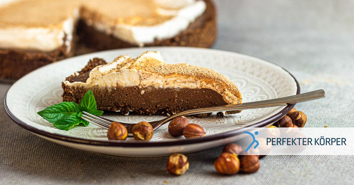Haselnuss-Tarte mit Kokoscreme