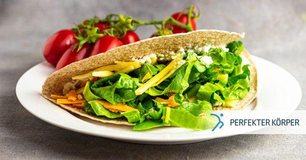 Vegetarische Tacos mit Gemüse und Käse
