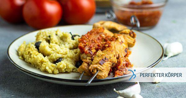 Koreanische Chili-Hähnchenspieße mit Couscous